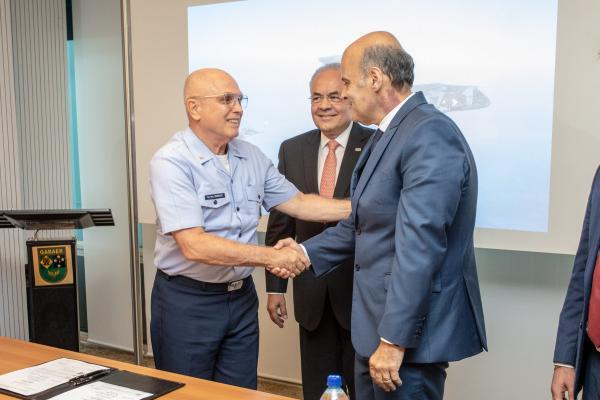 FAB e CEB assinam Termo de Cooperação Técnica