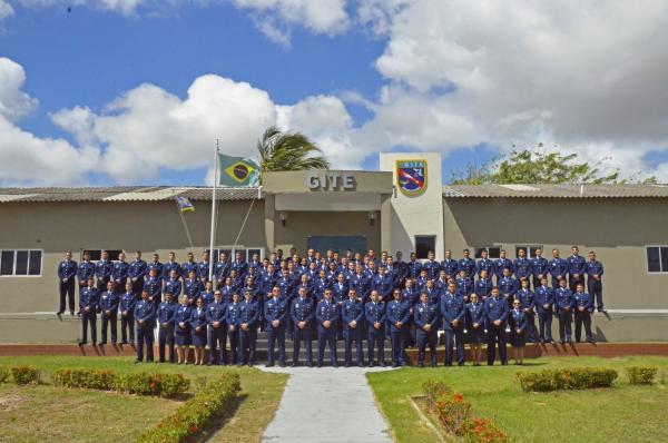 Futuros pilotos de combate da FAB iniciam especialização operacional