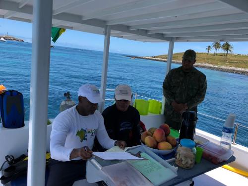 Marinha do Brasil realiza ações de monitoramento no extremo sul da Bahia