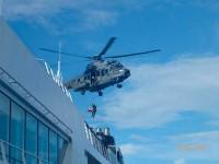 Marinha do Brasil resgata passageira de Navio
