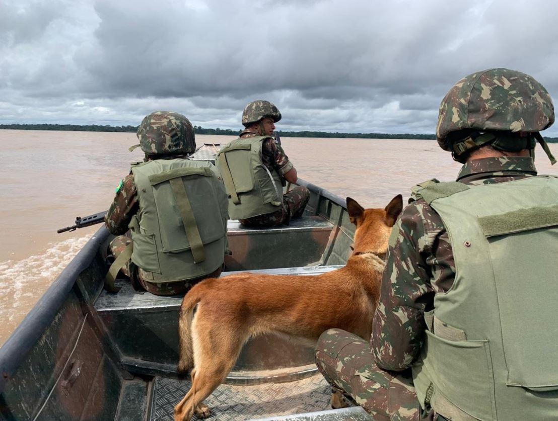 Ocorreram ações diuturnas da 16ª Brigada de Infantaria de Selva para combater ilícitos na fronteira do Brasil com Colômbia e Peru