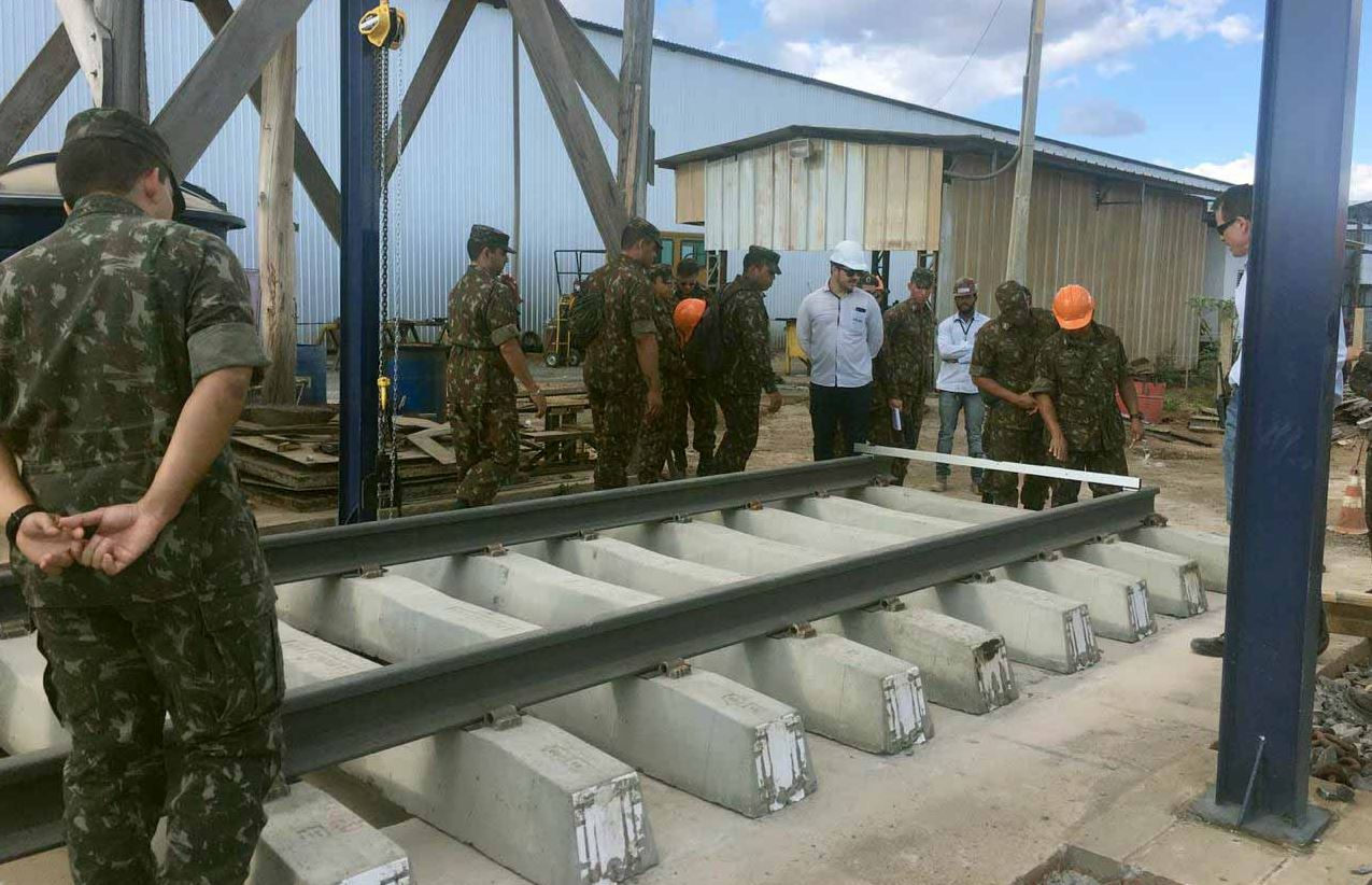 Para cooperar com o desenvolvimento nacional batalhão se qualifica ao serviço de obras de cooperação do modal ferroviário