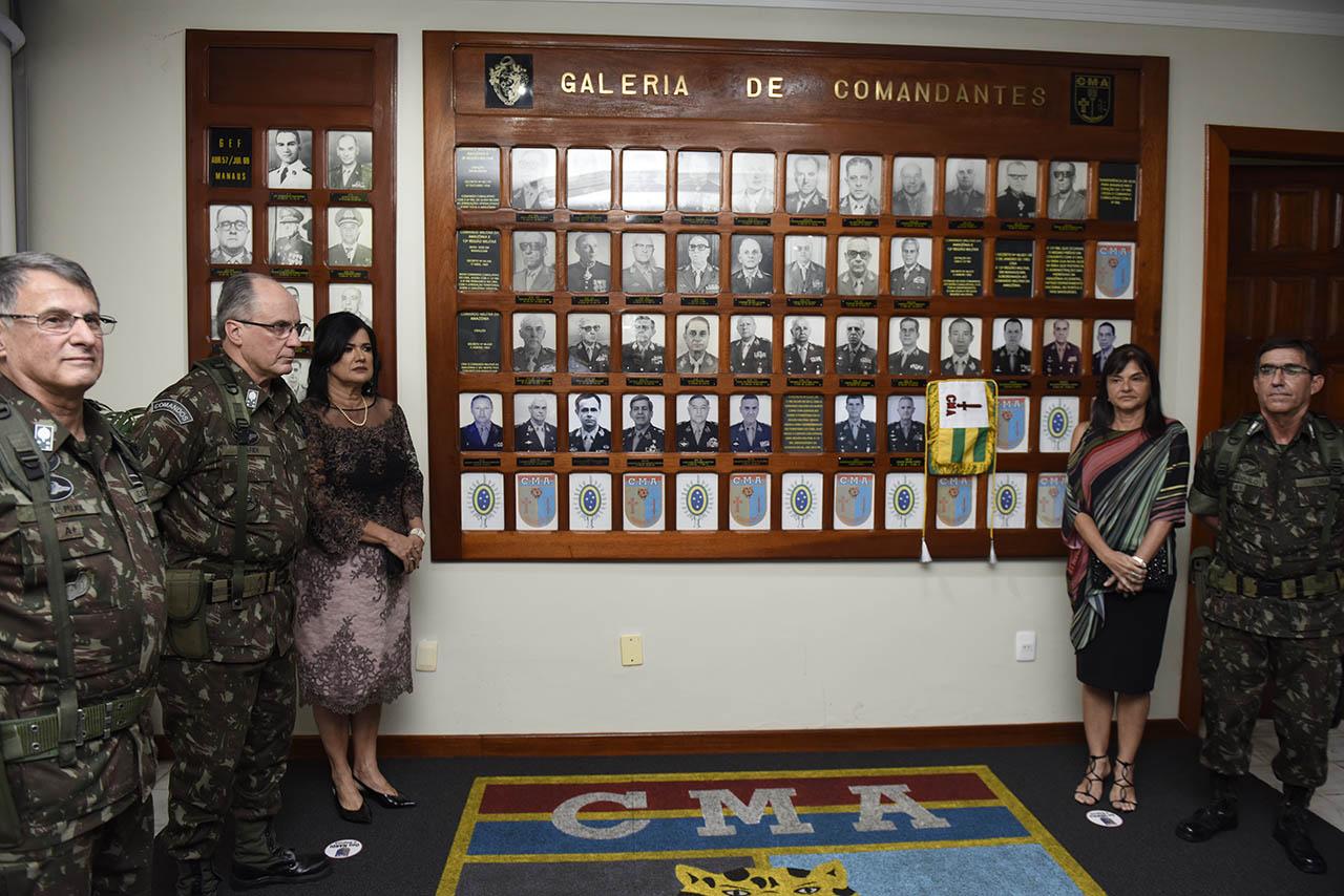 Em solenidade com a presença do Comandante do Exército, Comando Militar da Amazônia tem passagem de função