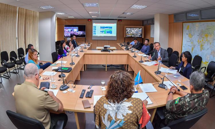 Operação Acolhida: Subcomitê Federal para interiorização de imigrantes reúne-se no Ministério da Defesa