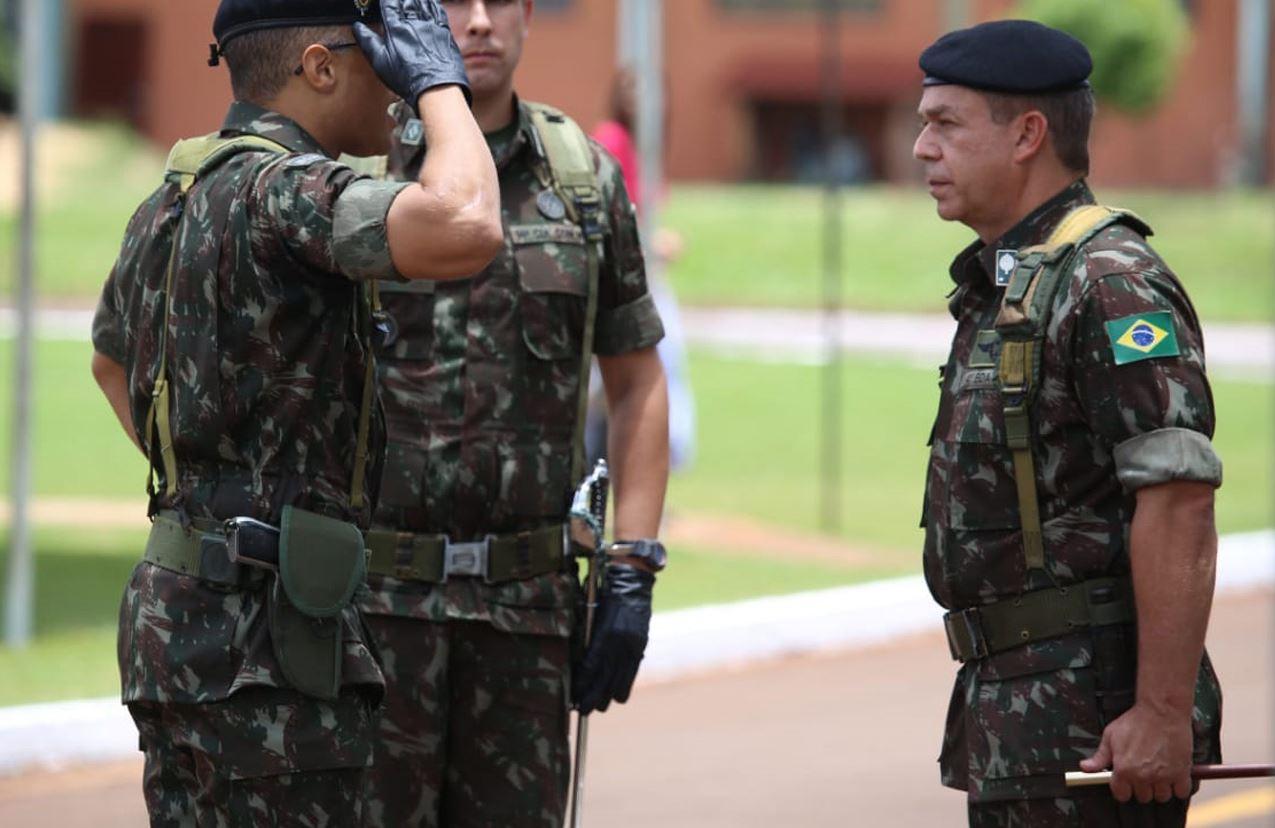 Troca de Comando