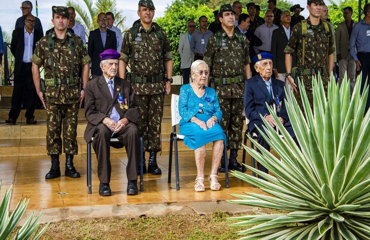 Ex-combatentes da Força Expedicionária Brasileira  homenageados em cerimônia no Comando Militar do Oeste