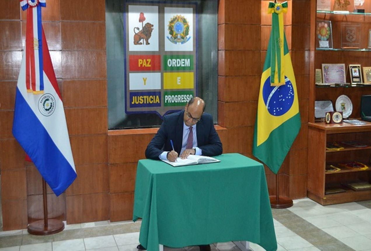 Visita oficial do Embaixador do Brasil no Paraguai à CMBP
