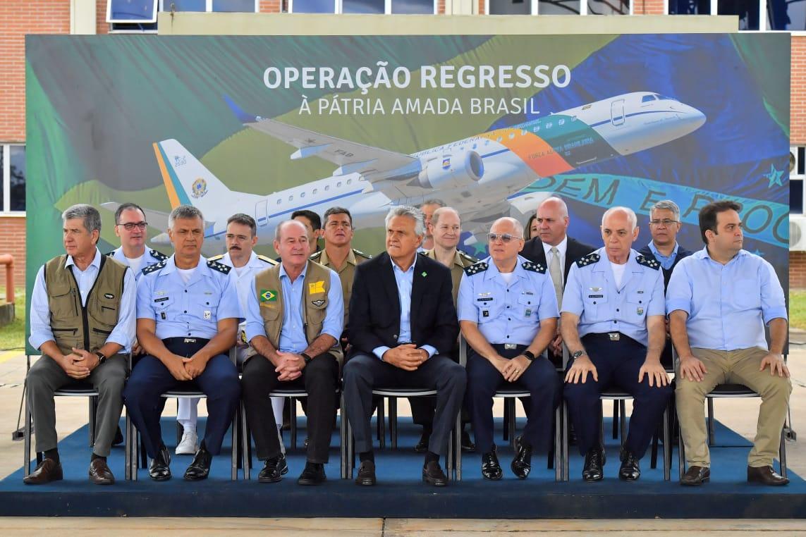 Cerimônia encerra quarentena dos repatriados na Base Aérea de Anápolis
