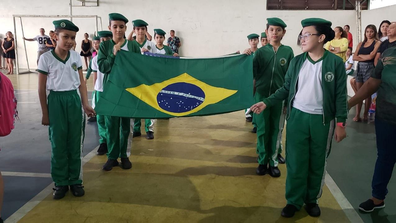 Exército leva civismo a escolas na Amazônia