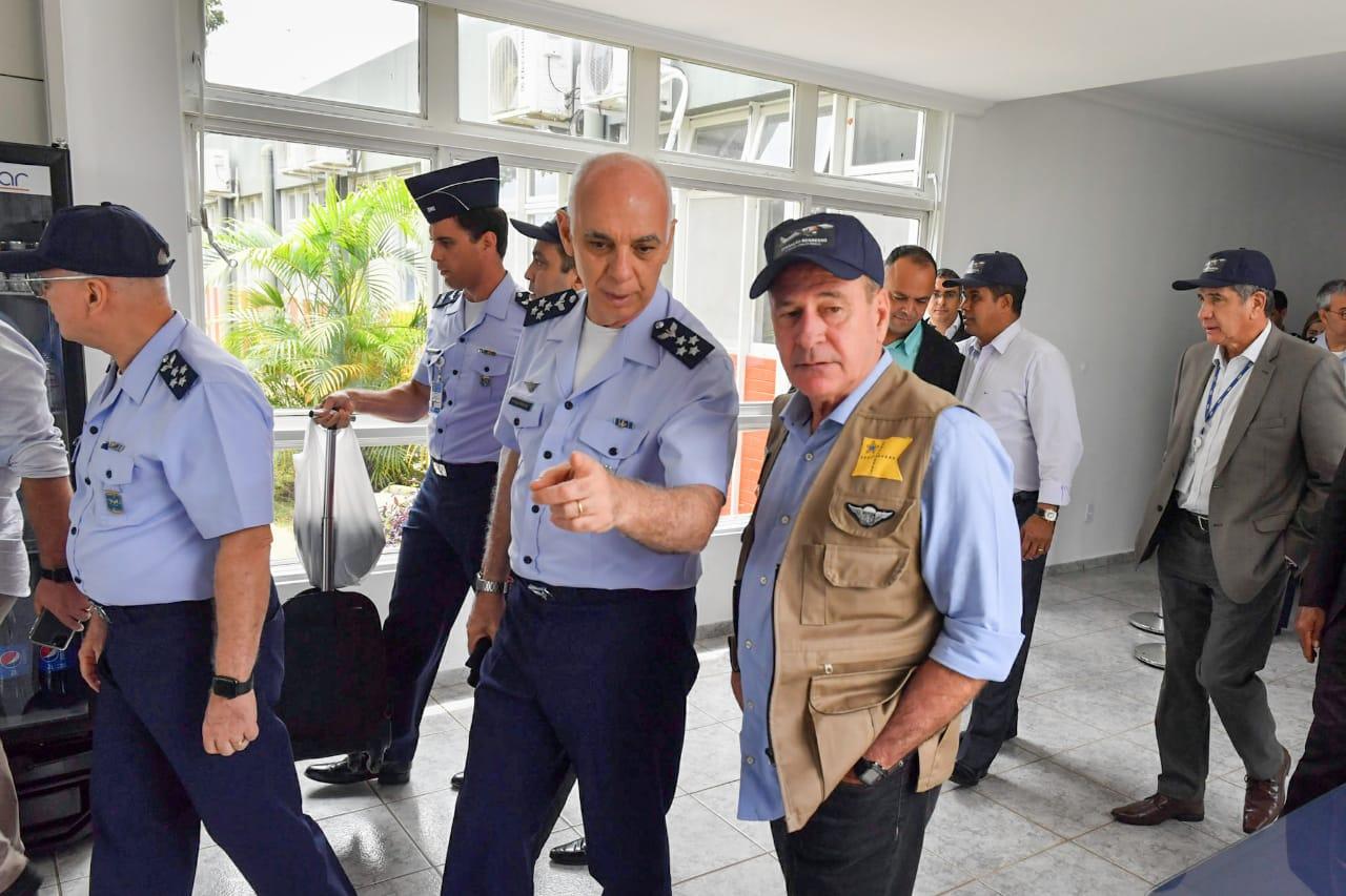 Ministro da Defesa visitou Hotel que recebe os brasileiros de Wuhan