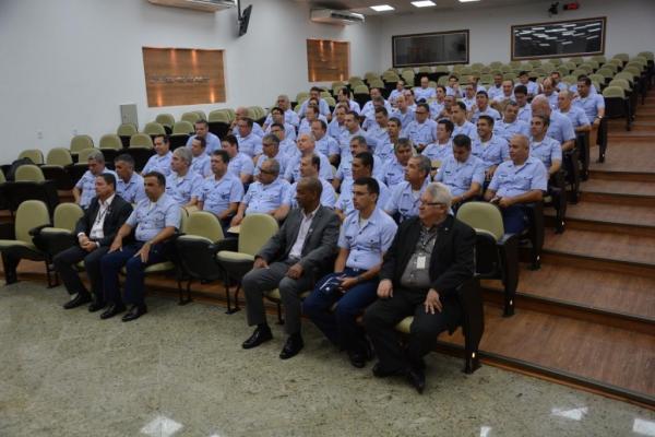 Oficiais da FAB concluem Estágio de Política e Estratégia Aeroespaciais