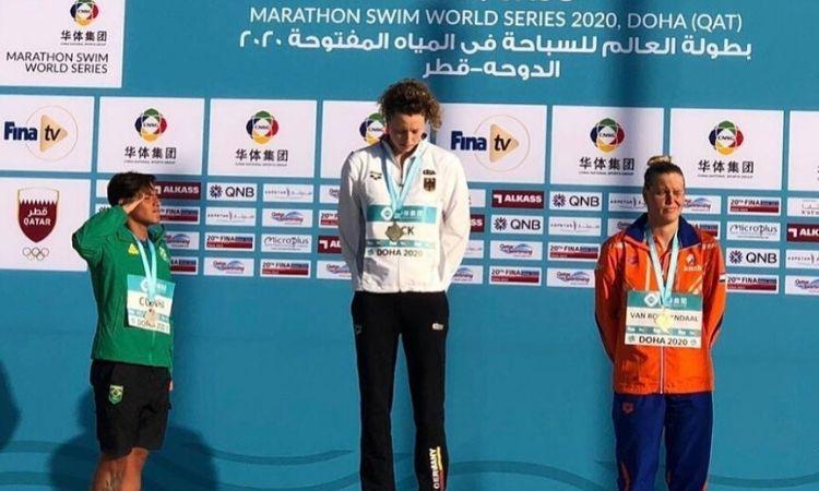 Sargento da Marinha Ana Marcela Cunha conquista a prata na abertura Circuito Mundial de Maratona Aquática