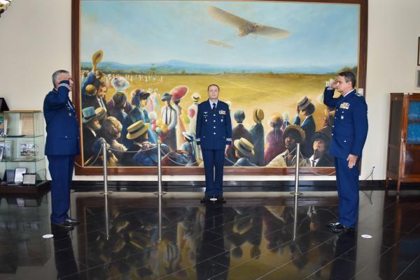 Escola de Especialistas de Aeronáutica tem novo Comandante