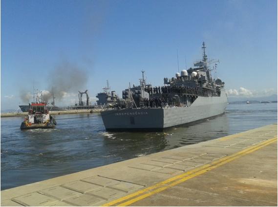 """Fragata """"Independência"""" parte para integrar a Força-Tarefa Marítima da UNIFIL"""