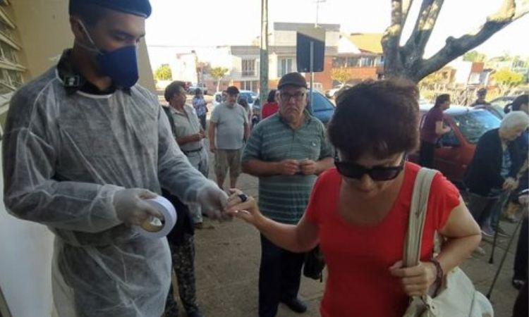 Militares do Exército apoiam hospitais do Sul do país no combate ao Coronavírus