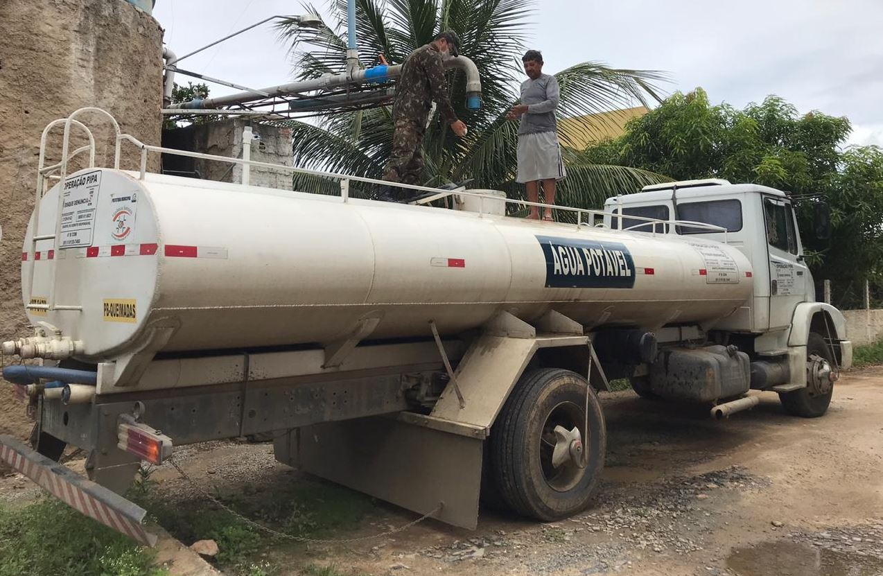 Comando Militar do Nordeste mantém Programa Emergencial de Distribuição de Água Potável no semiárido