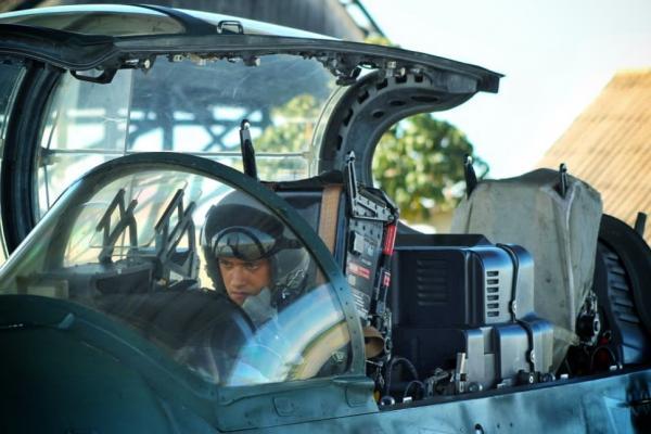 Aspirantes a Oficial da FAB realizam primeiro voo solo em aeronave de caça