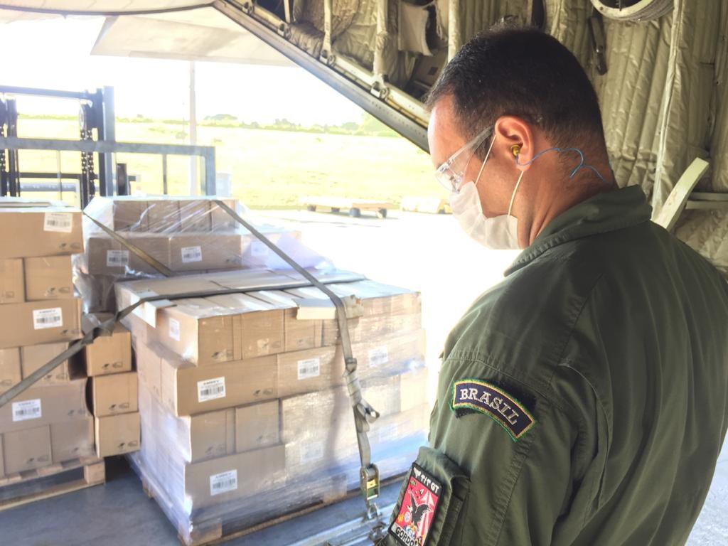 Carregamento de álcool gel é transportado para Macapá (AP)