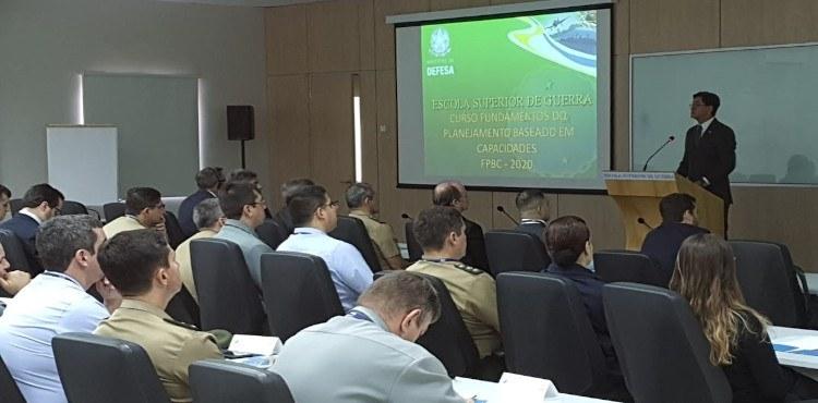 ESG Brasília sedia o Curso Fundamentos do Planejamento Baseado em Capacidades