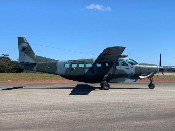 FAB transporta vacinas H1N1 de Brasília (DF) para Anápolis (GO)