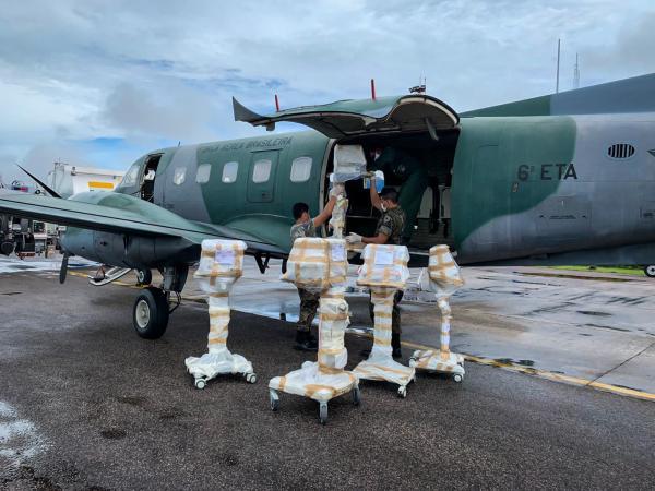 Força Aérea transporta respiradores de Manaus (AM) para São Paulo (SP)