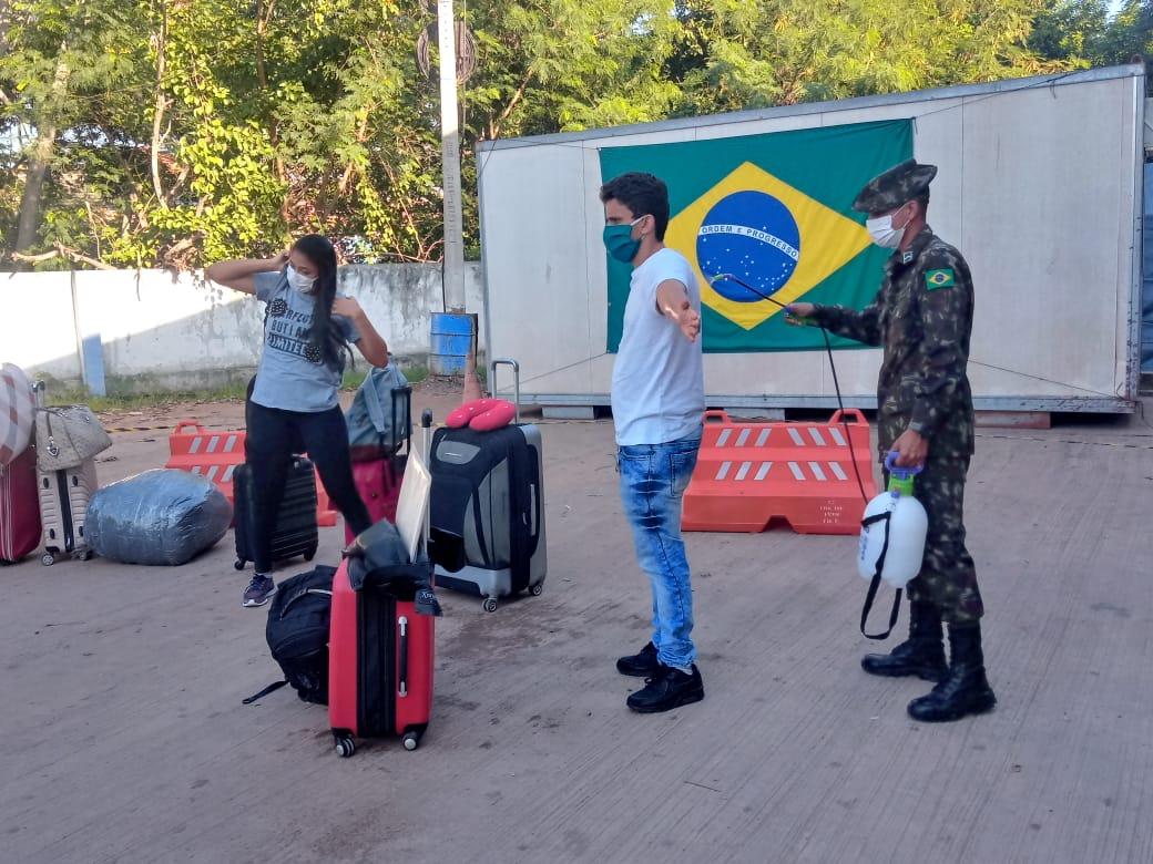 Forças Armadas participam de repatriação de brasileiros vindos da Bolívia