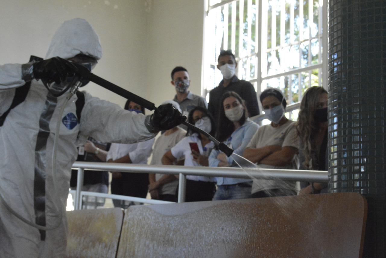 Militares da Marinha, Exército e Força Aérea seguem atuando nas ações de desinfecção contra a Covid-19