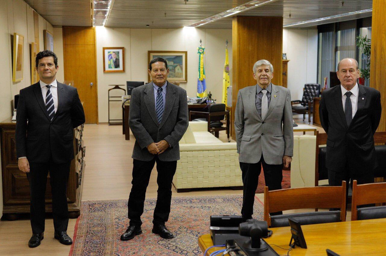 Ministro da Defesa participa de reunião do Conselho Nacional da Amazônia Legal