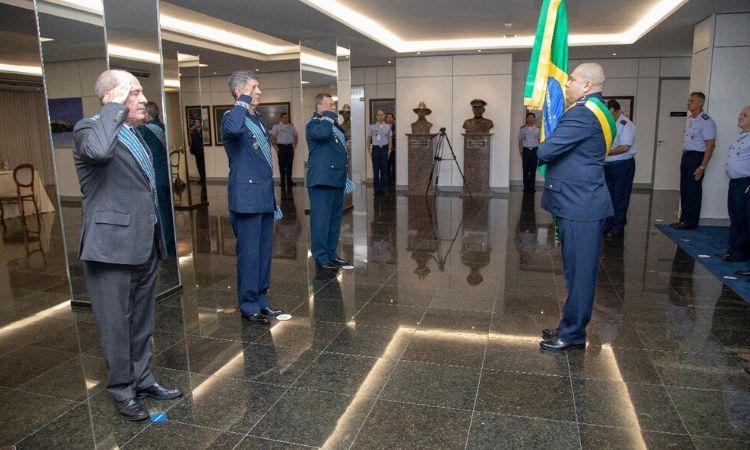 Ministro da Defesa presidiu cerimônia de imposição da Comenda da Ordem do Mérito Aeronáutico