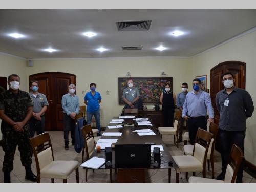 Forças Armadas fecham parceria com a Federação das Indústrias do Estado da Bahia para apoiar a produção de máscaras N-95