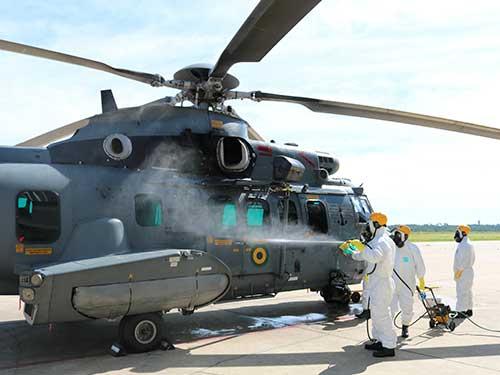 Comando da Força Aeronaval realiza Estágio de Descontaminação com militares do Complexo