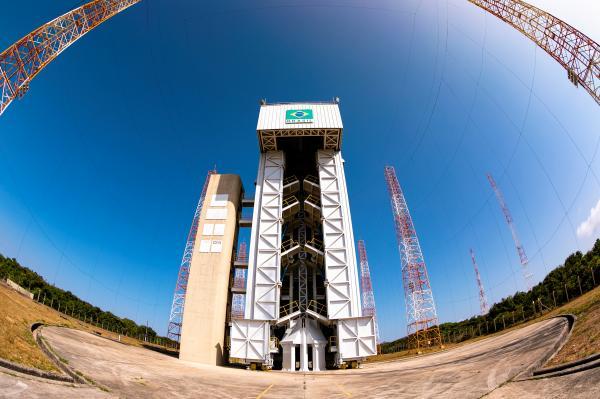 FAB e AEB assinam acordo relacionado ao Centro Espacial de Alcântara