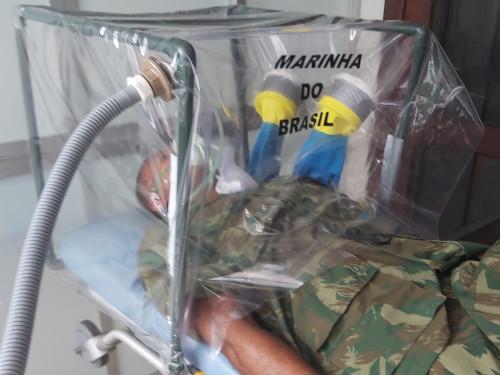 Marinha desenvolve protetor biológico tóraco-facial, em Belém-PA