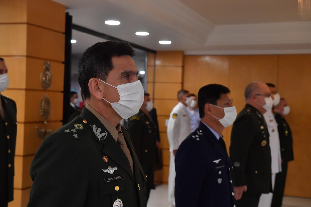 Ministério da Defesa realiza cerimônia da imposição da Medalha da Vitória