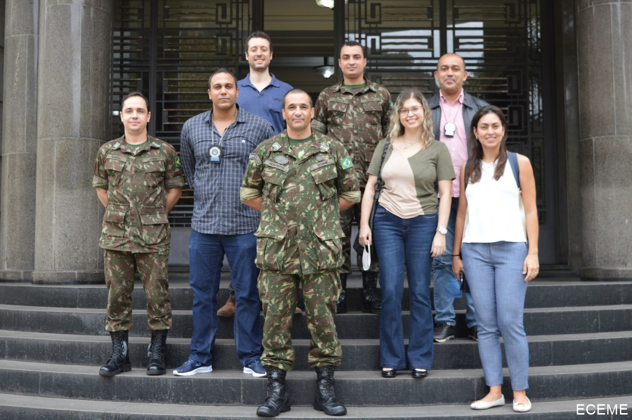Ambiente Virtual de Ensino da ECEME como referência no Rio de Janeiro