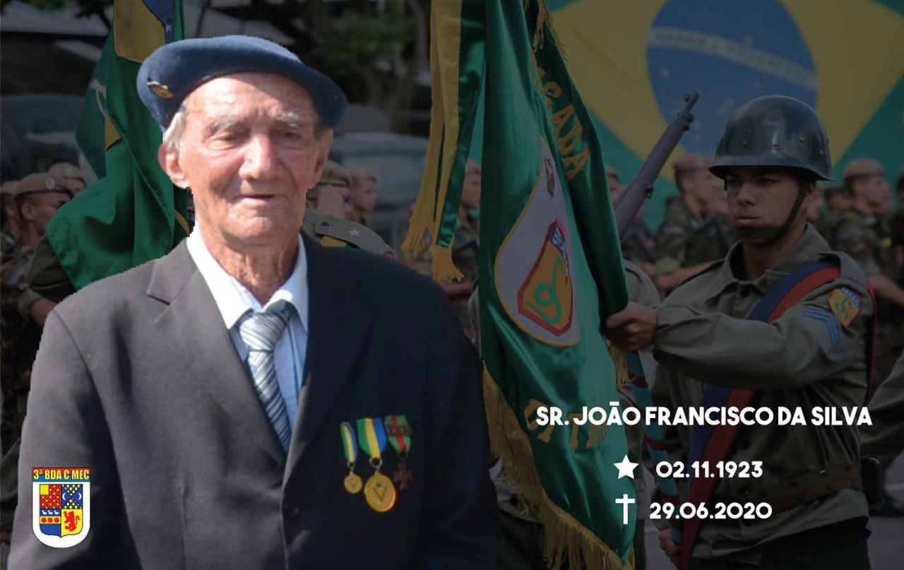 Brigada presta honras fúnebres ao último integrante da Força Expedicionária Brasileira do município de Bagé/RS