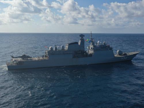 """Corveta """"Barroso"""" atraca na Base Naval do Rio de Janeiro após Operação """"Líbano XVI"""""""