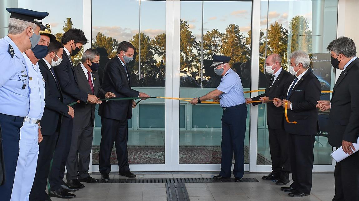 Ministro da Defesa acompanha inauguração do Centro de Operações Espaciais (Cope)