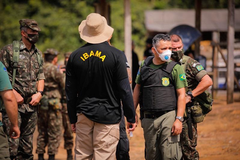 Forças Armadas apoiam ação de agentes de fiscalização ambiental durante Operação Verde Brasil 2