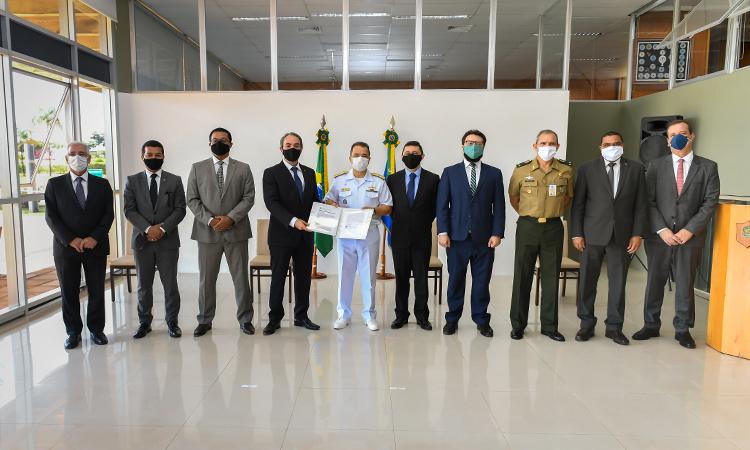 Instalações do Campus Brasília da Escola Superior de Guerra são incorporadas ao patrimônio da Defesa