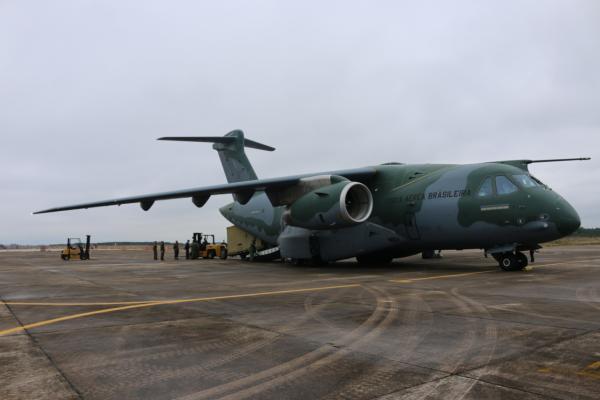 KC-390 Millennium realiza primeiro transporte de radar móvel