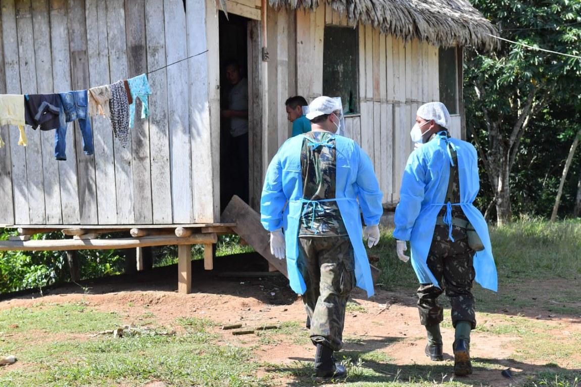 Militares reforçam cuidados de saúde a indígenas do Vale do Javari, no Amazonas