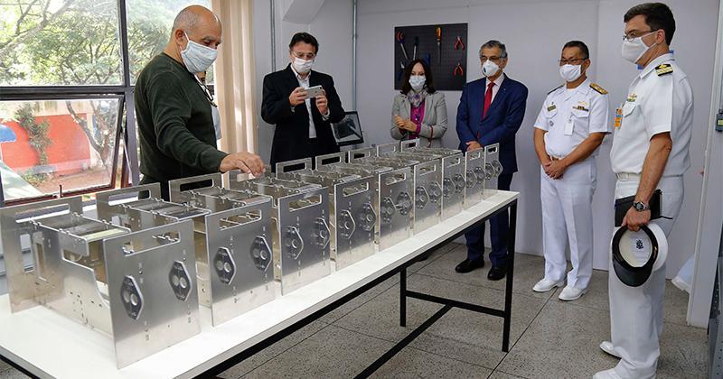 Pesquisadores das Forças Armadas investem em novas soluções para vencer a pandemia