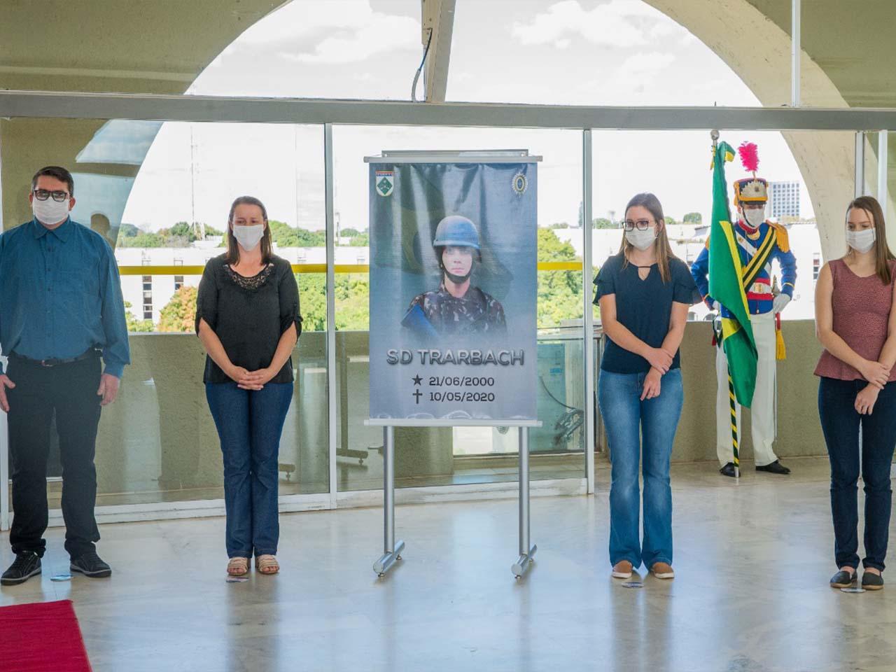 Soldado do Exército, morto durante patrulhamento no rio Paraná, recebe homenagens póstumas em Brasília (DF)