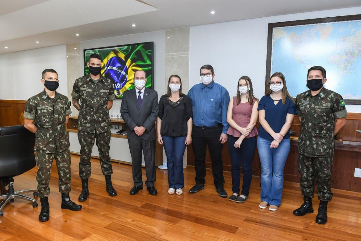 Soldado Trarbach é homenageado pelo Ministério da Defesa