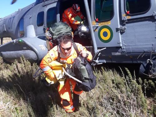 Aviação Naval participa do combate a incêndio na Serra da Mantiqueira