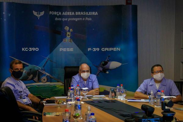 Comandante da Aeronáutica realiza audiência com Embaixador dos Estados Unidos