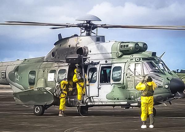 Esquadrão da FAB realiza resgate de enfermo em navio estrangeiro