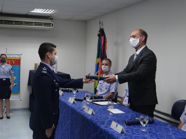 IPEV forma militares em Curso de Ensaios em Voo