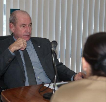 Ministro Azevedo destaca atuação das Forças Armadas em apoio à sociedade brasileira em Podcast da Rádio Verde Oliva